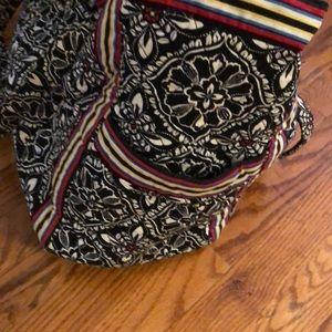Vera Bradley Bags - Vera Bradley Get Carried Away Large Travel Bag